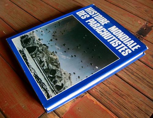 Histoire Mondiale du parachutisme - 01.jpg