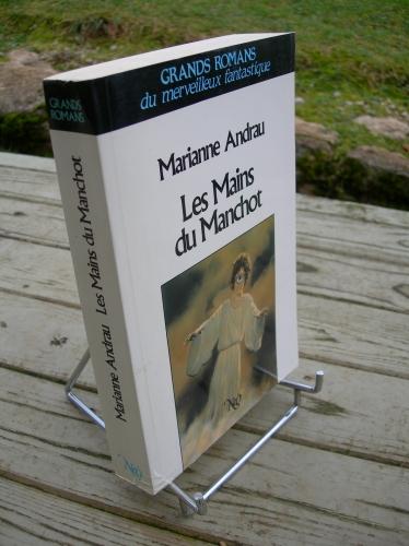 marianne andrau,les mains du manchot,nouvelles éditions oswald,néo,fantastique,jean-michel nicollet